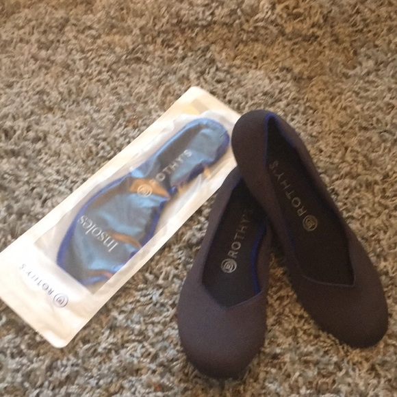Shoes   Rothys Shale Flats   Poshmark
